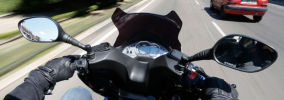 12 consejos para proteger a los conductores de motos en ciudad