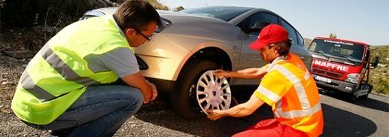 Uno de cada tres conductores solicita asistencia en carretera al menos una vez al año